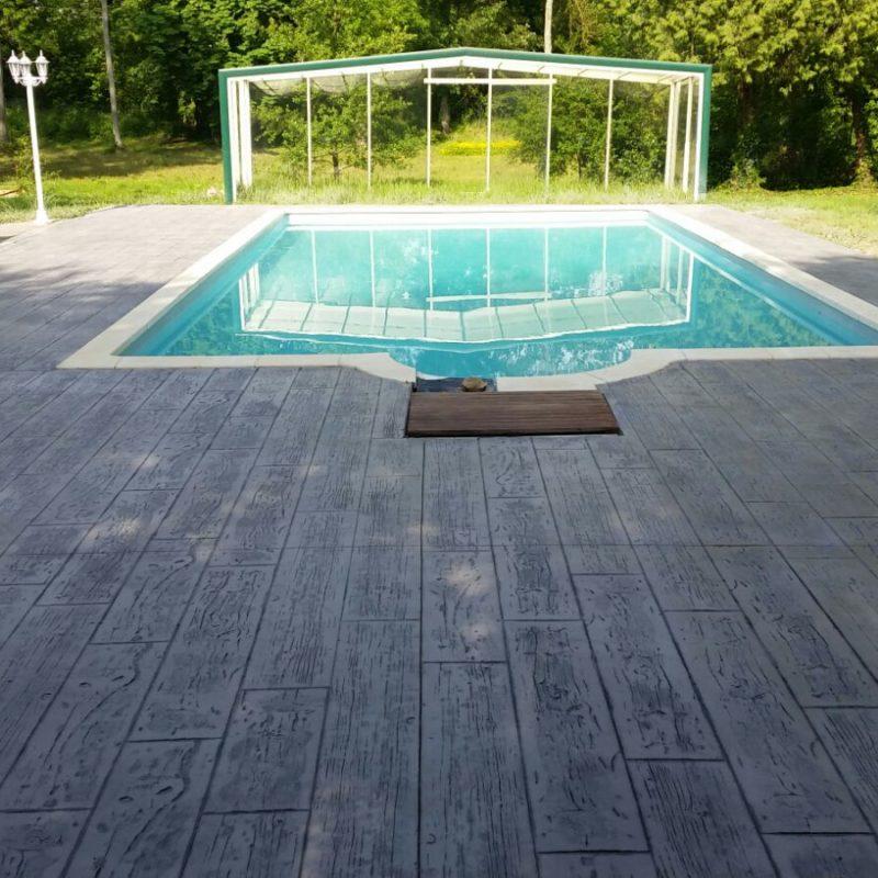 beton imitation bois pour plage piscine