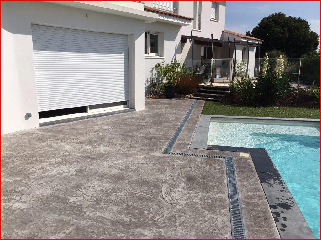 Prix d'une terrasse en béton de 40m2 : béton imprimé