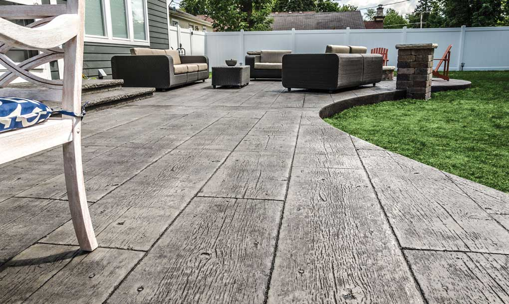 revêtement de sol pour terrasse d'extérieur en beton